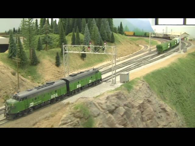 Awesome HO Scale BN Model Train Layout in HD - 2-21-2009