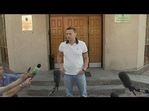 Rússia: Alexei Navalny sob prisão domiciliária