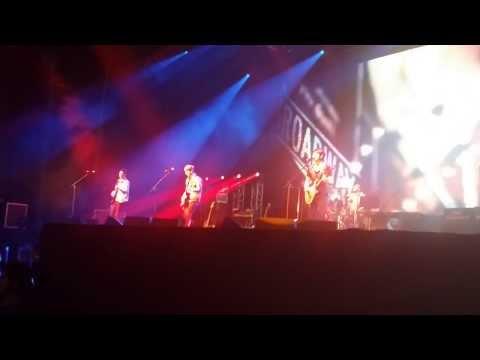 (fancam) Cn Blue -- Where You Are    Blue Moon Tour    México 26-jan-2014 video