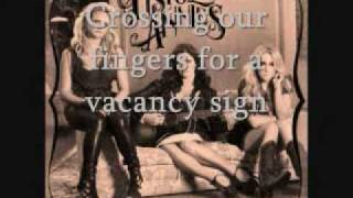 Pistol Annies - Taking Pills [Lyrics On Screen]