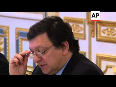 European Commission President Barroso visits Ukraine