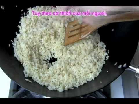 0 Vietnamese Food   Egg Fried Rice with Sausage   Day Nau An Com Chien Trung Lap Xuong Vietnamese Food