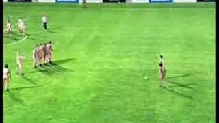 Nake foothball