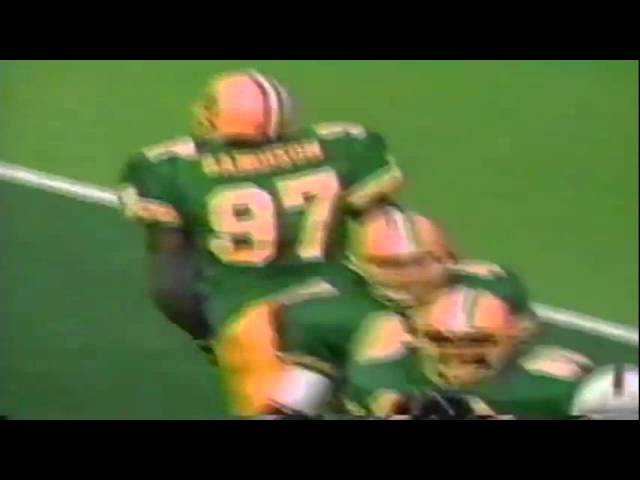 Oregon DE Romeo Bandison buries Stanford RB Glyn Milburn for loss 11-02-91