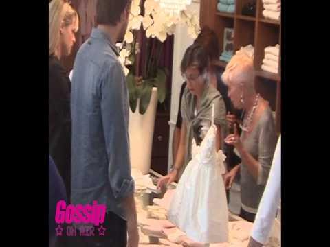 Michelle Hunziker e Tomaso Trussardi, shopping a Milano per la loro bambina
