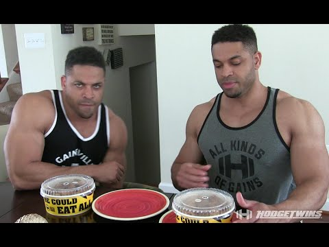 Chicken Nugget Challenge | Buffalo Wild Wings @hodgetwins