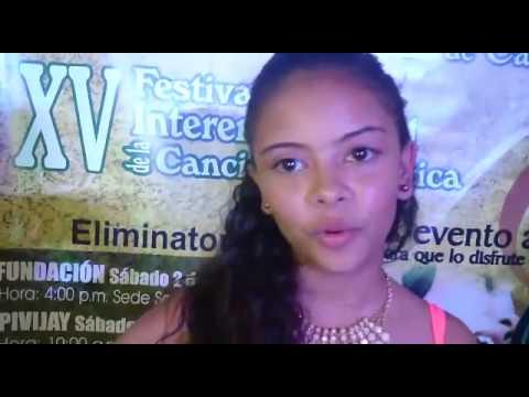 Viviana Esparragoza, ganadora de la categoría juvenil del festival de canto de @Cajamag