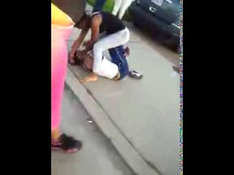 Hood Girl Fight In The A-Town