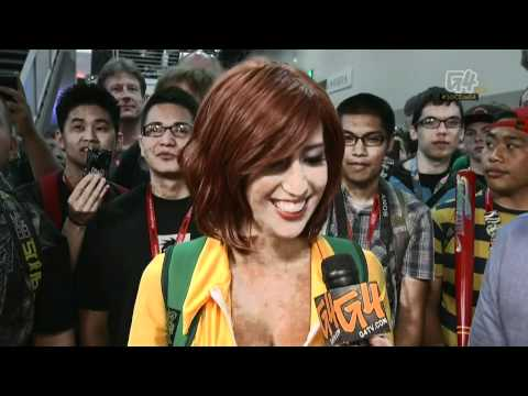 Nikki Griffin and April O'Neil interview by G4 at SDCC 2011 Comic Con in HD