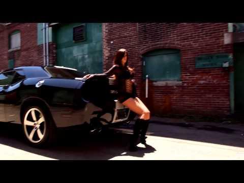 Bad girls photo shoot thumbnail