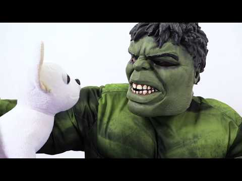 The HULK and Chi Chi LOVE toy dogs. Funny videos for kids about Marvel superheroes. Невероятный Халк