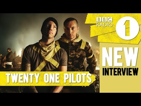 NEW TWENTY ONE PILOTS INTERVIEW ! (talking about Jumpsuit & tour) BBC Radio 1
