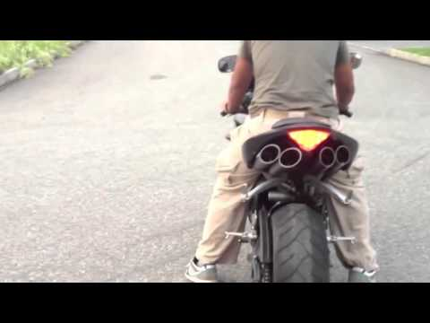 2006 Yamaha R1 STOCK VS  TOCE EXHAUST