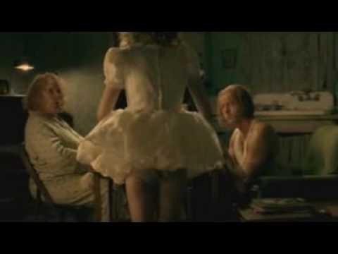 Dakota Fanning & David Morse in Hounddog