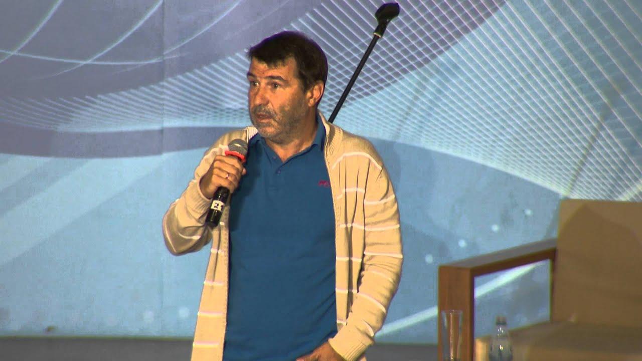 Евгений Гришковец перешел на личности, но получил отпор