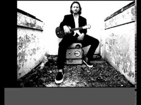 Eddie Vedder - Guaranteed hidden track (instrumental)