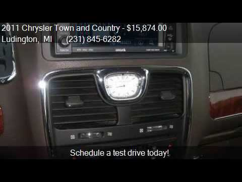 2011 Chrysler Town and Country Touring-L 4dr Mini Van for sa