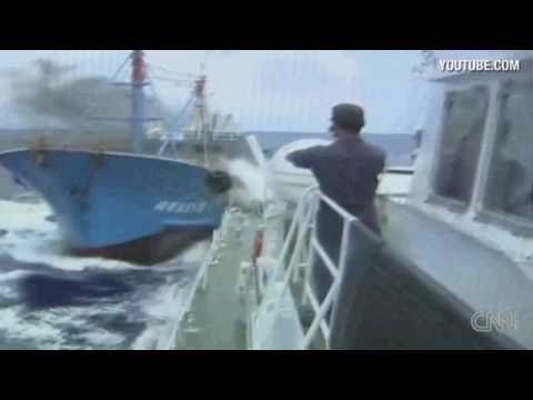 Japan and Chinese vessels collide!!