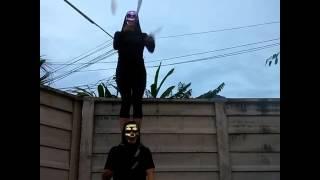 halloween juggling