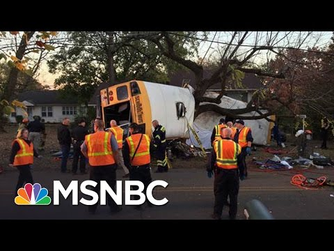 5 Dead In Tennessee School Bus Crash, Ignites School Bus Seatbelt Concerns | MSNBC