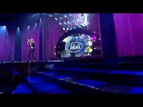 Pauline zingt Iris van Goo Goo Dolls 15-12-2007