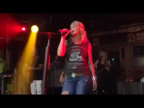 Miranda Lambert Little Red Wagon Fort Walton Beach Florida The Block 06 / 14 / 2014