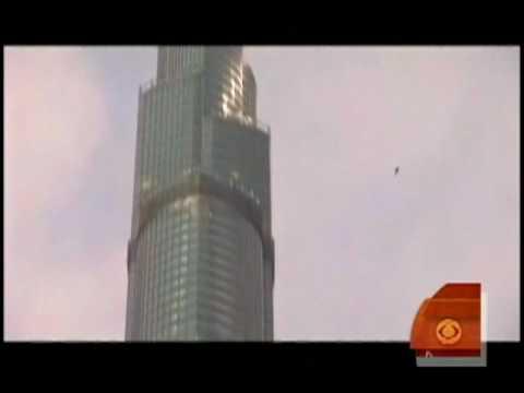 Bázisugrás a Burj Dubai-ról