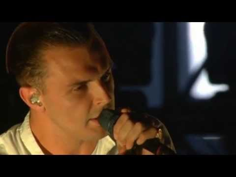 HURTS - Somebody To Die For (T in the Park 2013)