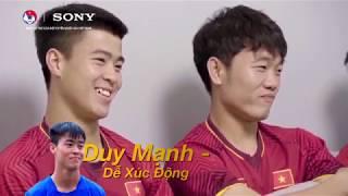 """Quang Hải, Văn Lâm, Xuân Trường, Duy Mạnh """"vạch mặt"""" nhau CỰC VUI"""