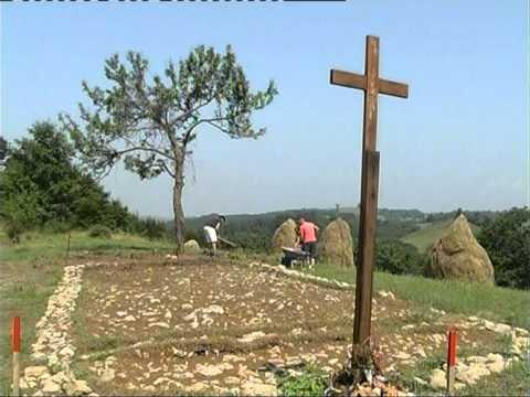Stara crkva u selu Pluzac-Obicaji Radjevine-Dobrivoje i Dobrila Pantelic