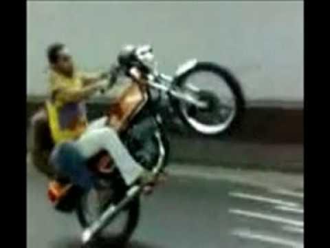 Cheema in saudia weeling sialkoti chaa gain nay tha kar kay( pakistani boy )