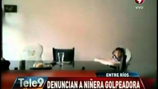 Filman a niñera que le pegaba a dos niños