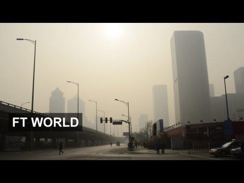 Hazardous smog blankets Beijing