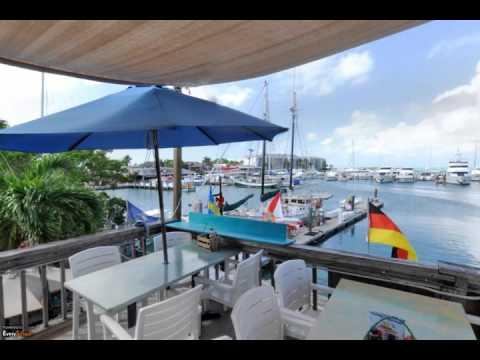 Schooner Wharf Bar | Key West, FL | Bar & Restaurant