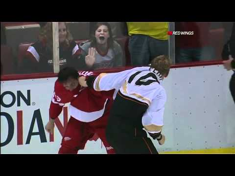 A rare fight for Pavel Datsyuk of the Detroit Red Wings against Corey Perry of the Anaheim Ducks.
