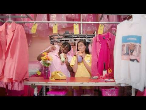 Download Lagu Pink Sweat$ - At My Worst ( Video).mp3