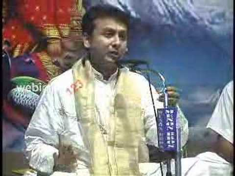 P. Unnikrishnan - Carnatic Vocalist. video