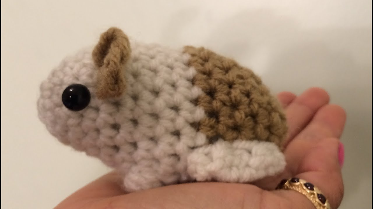 tutorial on how to crochet an amigurumi baby guinea pig youtube. Black Bedroom Furniture Sets. Home Design Ideas
