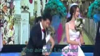 Yoona(SNSD) almost laughed while singing! (Christmas Fairy tale)