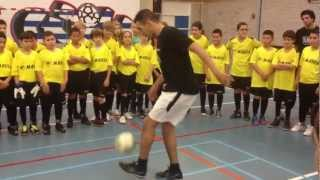 Stichting AORC-Lebo : Scholencompetitie West, Freestyle soccerskills from Mo Boutaka