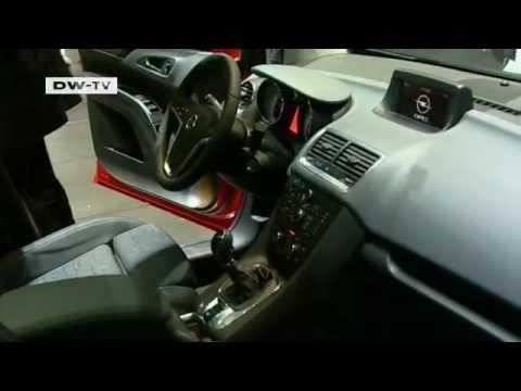 Минивэны Volkswagen Sharan и Opel Meriva в Женеве