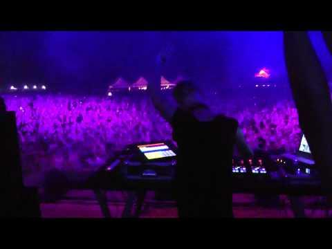 Richie Hawtin @ Spiaggia del Faro Jesolo ITA 04.08.2013 video6
