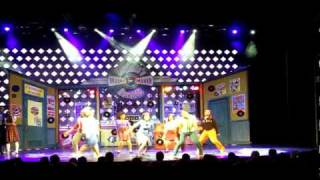 Watch Hairspray Run And Tell That! video