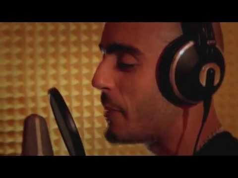 Music video Mikri Maus - New Mack Village - Vers - 2011 - Music Video Muzikoo
