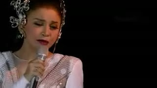 Konser Rossa || Terlalu Cinta with Lirik