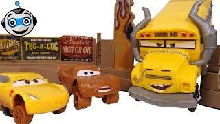 Cars 3 Pista Choques Locos Smash & Crash Derby