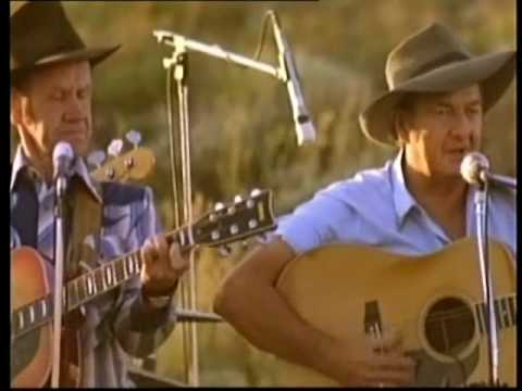 Pub With No Beer -  Slim Dusty
