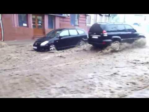 Злива в Чернівцях 25.05.2013