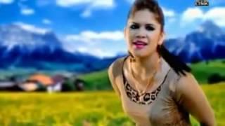 download lagu Man Khan Ft Rosalinda-dok Mano gratis