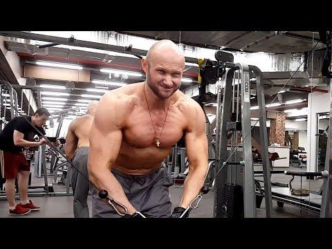 2 лучших упражнения для внутренней части грудных мышц